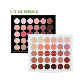 Pro Touch Color Master Shadow Palette pick 1 of 2