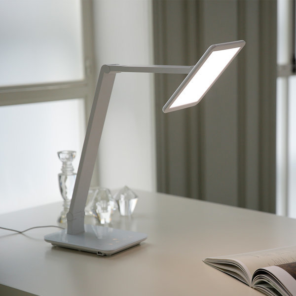 프리즘 책상 LED 스탠드 PL-3000화이트 (면광원) 상품이미지