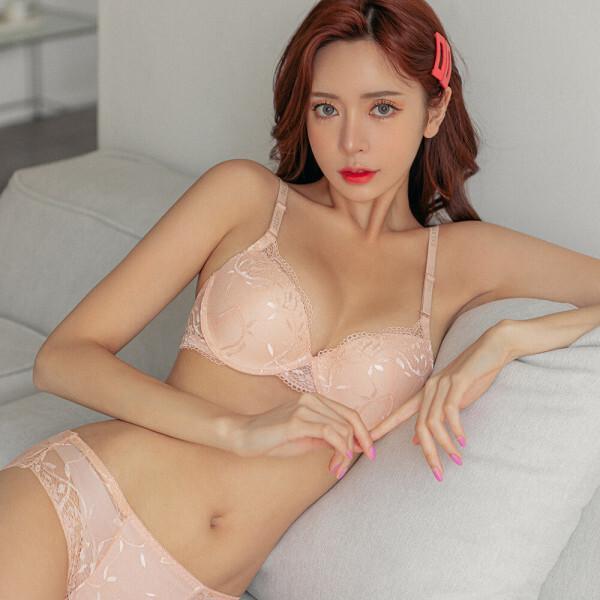 신상특가3+1 브라팬티세트AB/C컵/D컵 왕뽕/여성속옷 상품이미지