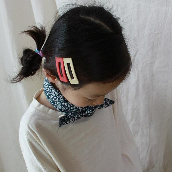 친구선물 아동쁘띠스카프 미니스카프 꽃무늬 네이비 상품이미지