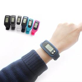 1+1 손목시계 스포츠시계 전자시계 만보기 군인시계