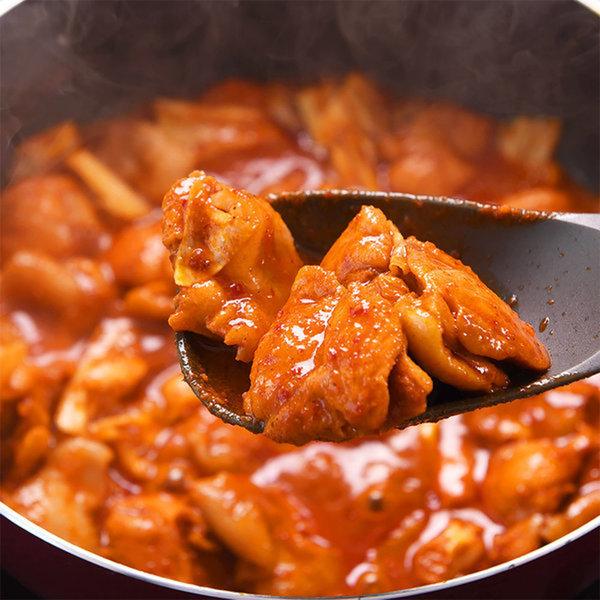 100%국내산정육으로 만든 춘천닭갈비700g+700g 상품이미지