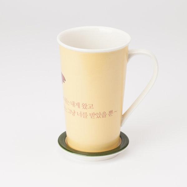 다다름 작품을 담은 예쁜 머그컵  작품명 : 힝~머그컵 상품이미지