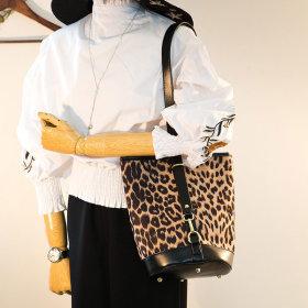 레오파드 호피 여성 가방 에코백 숄더백 토트백  1972