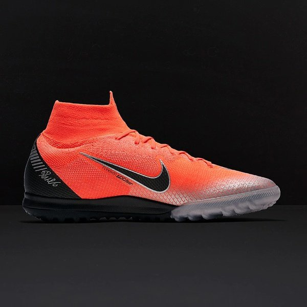 해외쇼핑/Prodirectsoccer Nike Mercurial Superfly XI Elite CR7 TF - Flash Crimson/Black Chrome/Dark G 상품이미지