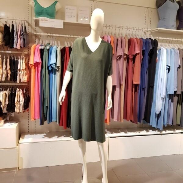 대구백화점 II관   세컨스킨 에어니트 하프슬리브 루즈핏 드레스(AAWSD4001) 상품이미지