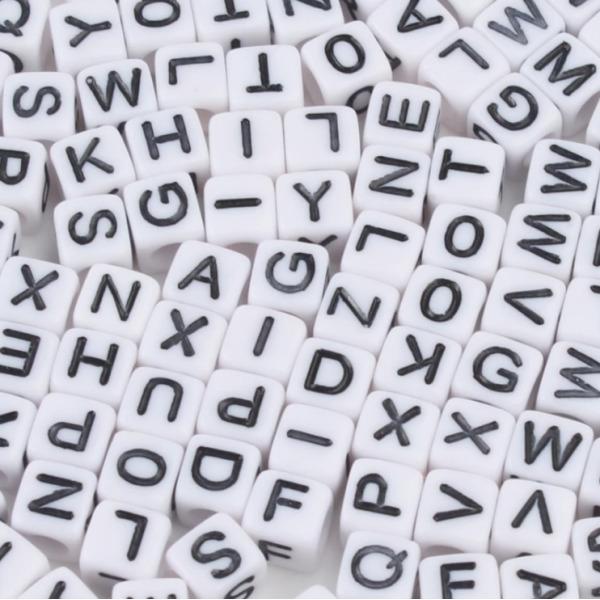 비즈 공예 사각화이트알파벳 만들기 재료 키링 팔찌 상품이미지