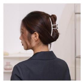 메탈프레임 반머리 올림머리 헤어집게핀