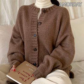 [A.M.I] Women`s knitwear collection / sweater / cardigan / cable knit / embroidered / loose fit /