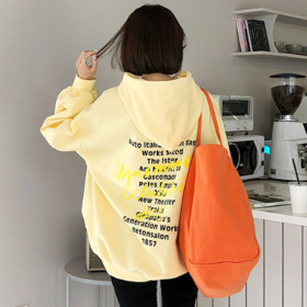 GAENSO Women`s tops collection / sweatshirt / hoodie / loose fit / graphics /