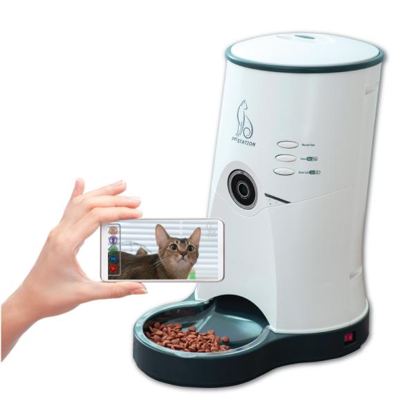 펫스테이션 - 카메라가 내장된 고화질 영상자동급식기 상품이미지