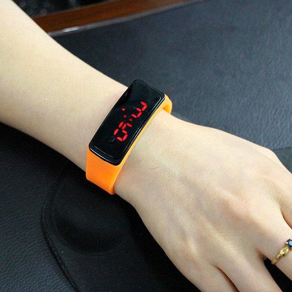 LED 스포츠시계/단체선물용 스포츠팔찌시계 팔찌시계 상품이미지