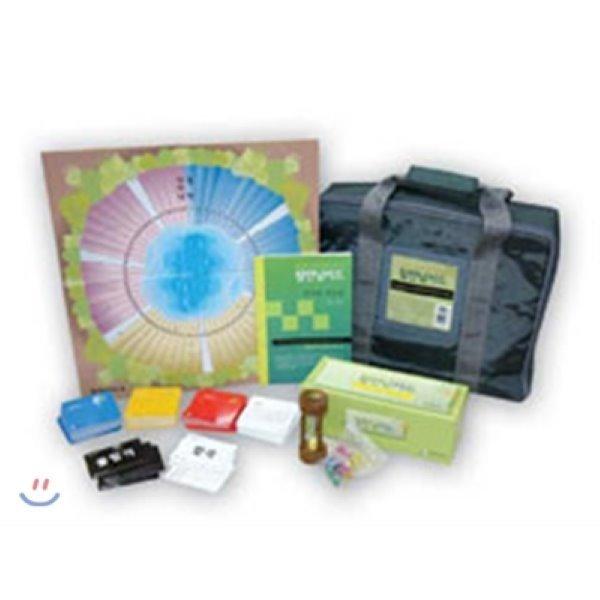 참만남카드 (리더용 매뉴얼  게임카드(4종)  판정카드  게임판  게임말  모래시계) : 집단에서의 진정한 참만남 도달을 위한 심리치료 도구  설기문 상품이미지