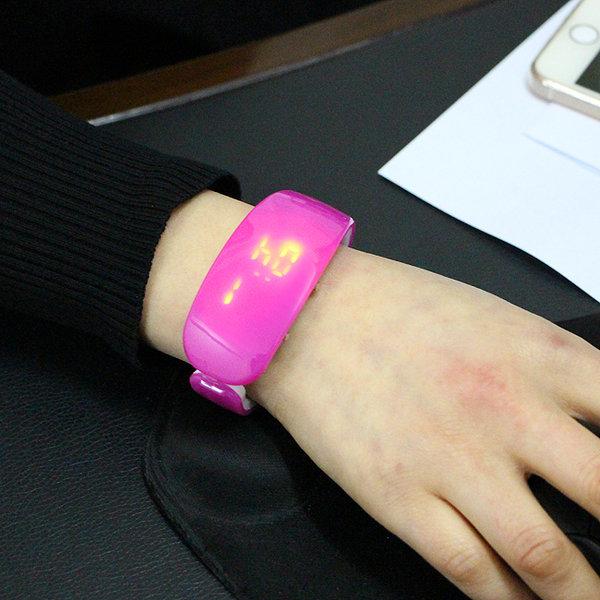 패션 LED 손목시계/단체판촉선물용 스포츠디지털시계 상품이미지