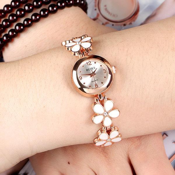 로맨틱 여성 손목시계/팔찌시계 선물용 여성시계 상품이미지