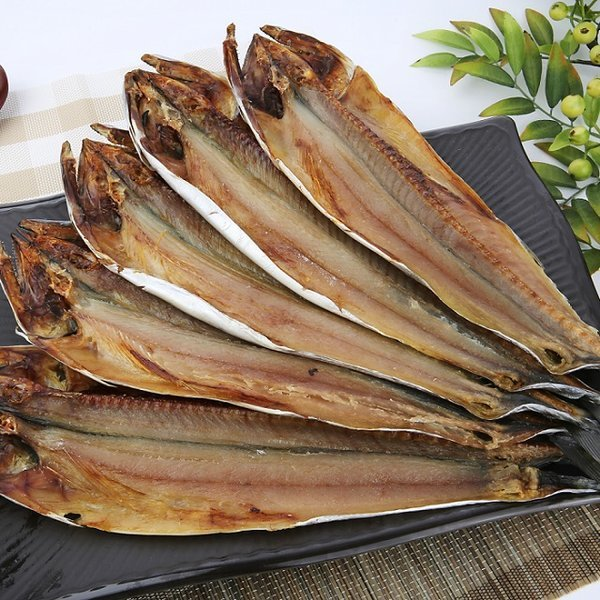 속초특산물 맛이 풍부한 반건조삼치 5미 특대45cm이상 상품이미지