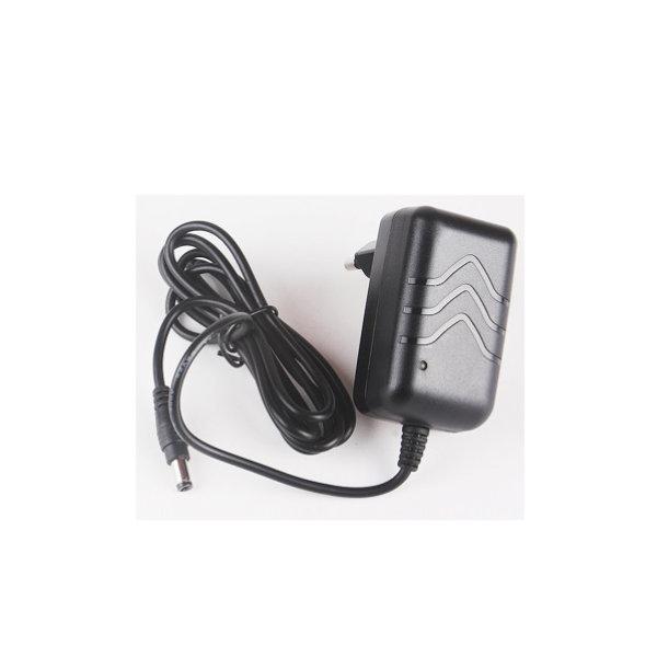 파워테크 8.4V1.5A 18650 배터리 리튬이온 충전기 상품이미지