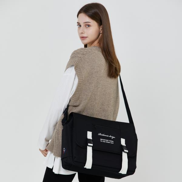 로아드로아 ROIDESROIS - CLAP CLAP MESSENGER BAG (BLACK/WHITE) 메신저백 신학기가방 메신져백 크로스백 (RD173011DBWF0) 상품이미지