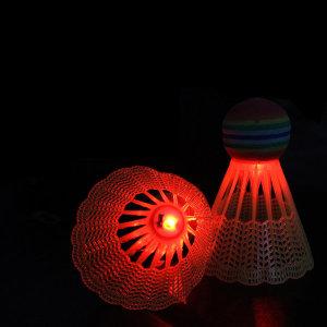 런웨이브 야광 LED 셔틀콕 나일론 2P 야간 배드민턴공