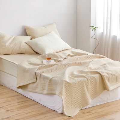 AIRE Seamless High Frequency SSQ Flat Price Spread Pad n Blanket