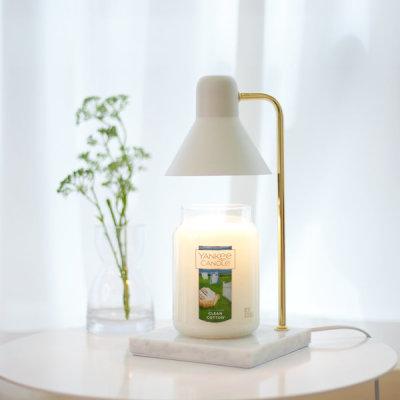 the Sweet Mono Marble/Mono Wood YANKEE CANDLE Warmer (Light Bulb Giveaway)