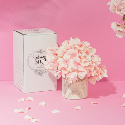 VIA K studio VIA K studio Pink Hydrangea LED Mood Lamp