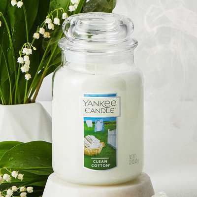 YANKEE CANDLE Large/Soy Candle/Diffuser Candle Warmer/Wood Wick/Scented Candle