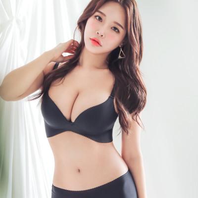 [Glambra] Volume Up Wireless Bra Women`s Underwear Women`s Bra Panty Set