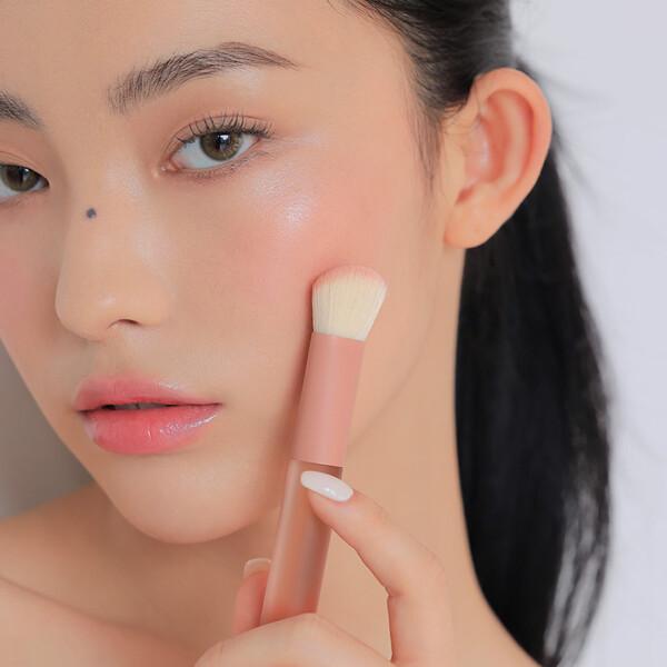 韓國代購 韓國批發-ibuy99 化妆品/香水 美容用品 其他美容工具 [3只眼]3CE/BLUSH/BRUSH/F06/腮红/刷